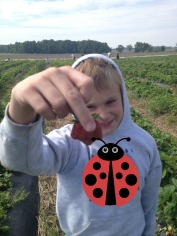 Mom look at this strawberry