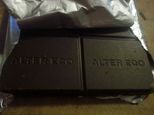 Dark Chocolate Mint vegan chocolate bar - Delicious!