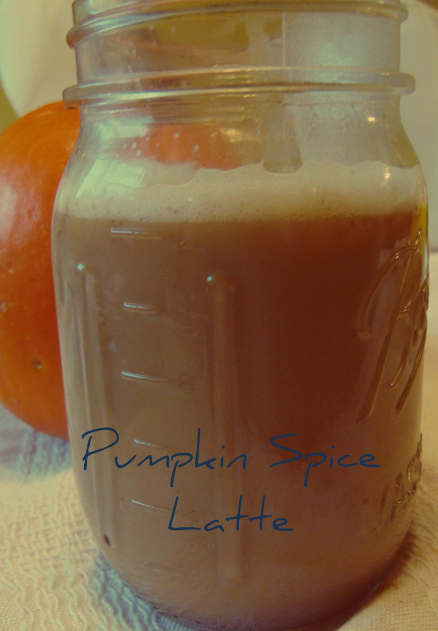 Pumpkin Spice Latte Syrup and Latte and 31 Days of Slow Cooking Recipes