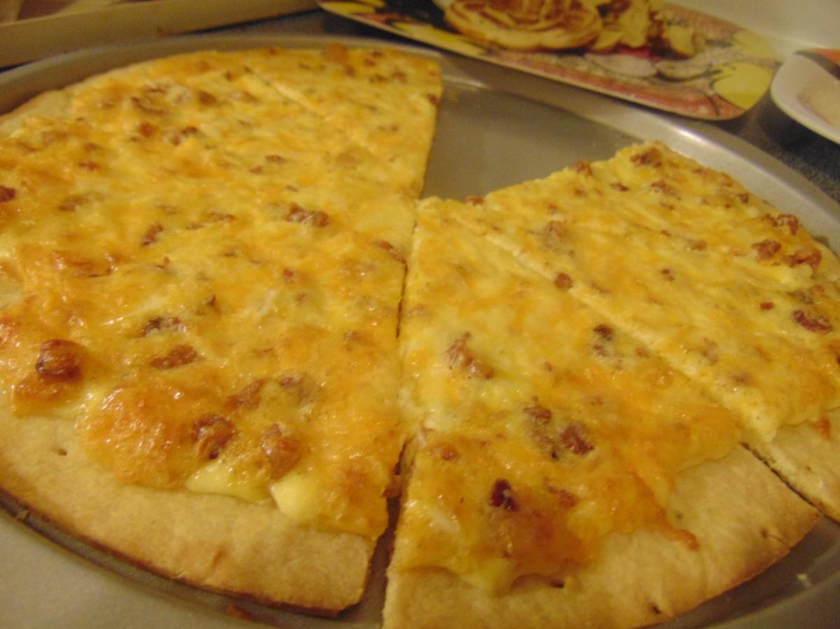 """""""Chef Mickey's"""" BreakfastPizza"""