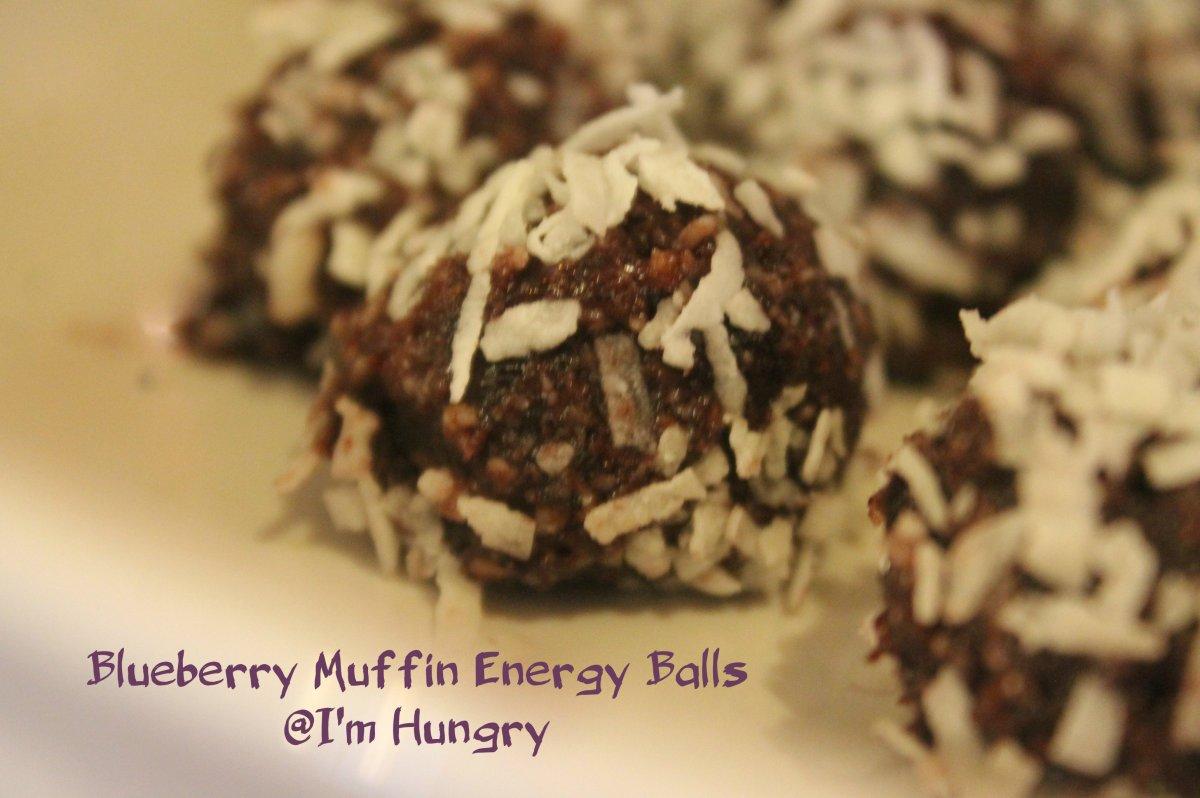 Blueberry Muffin Energy Balls (Vegan, GlutenFree)