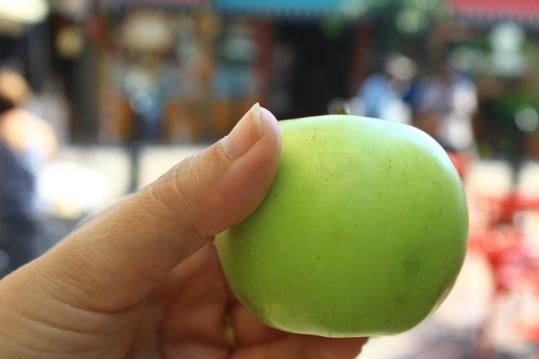 Hawaii apple