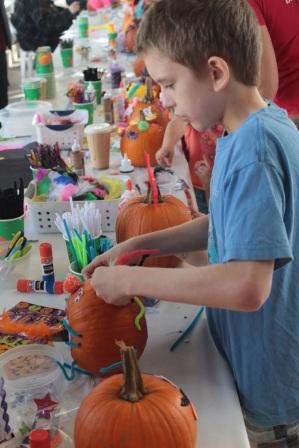 Pumpkin decorating 5