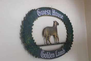 Golden Lamb (105)